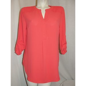 Size M Coral Rosa Tab Sleeve V-neck Blouse Top